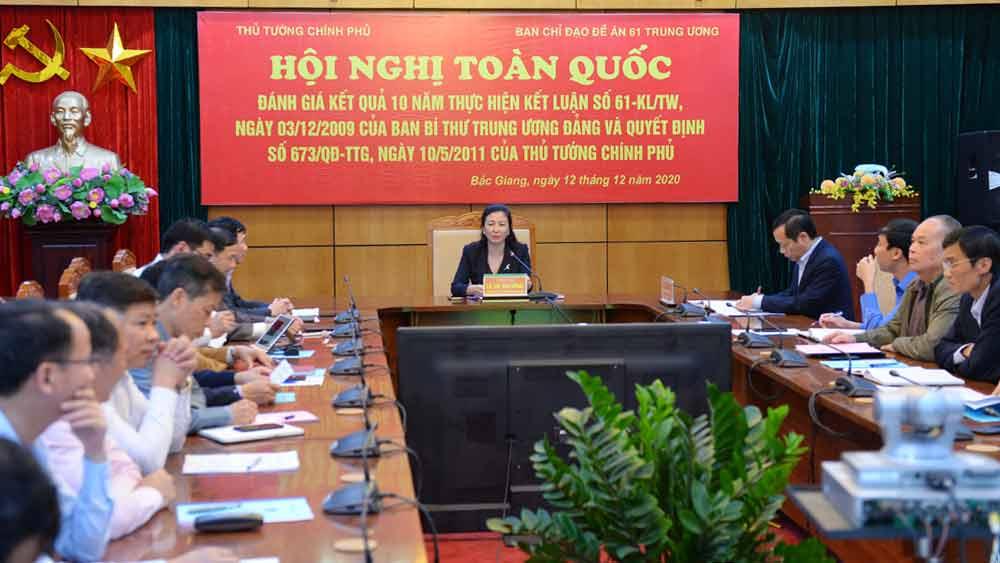 Phó Bí thư Thường trực Tỉnh ủy Lê Thị Thu Hồng chủ trì tại điểm cầu tỉnh Bắc Giang.
