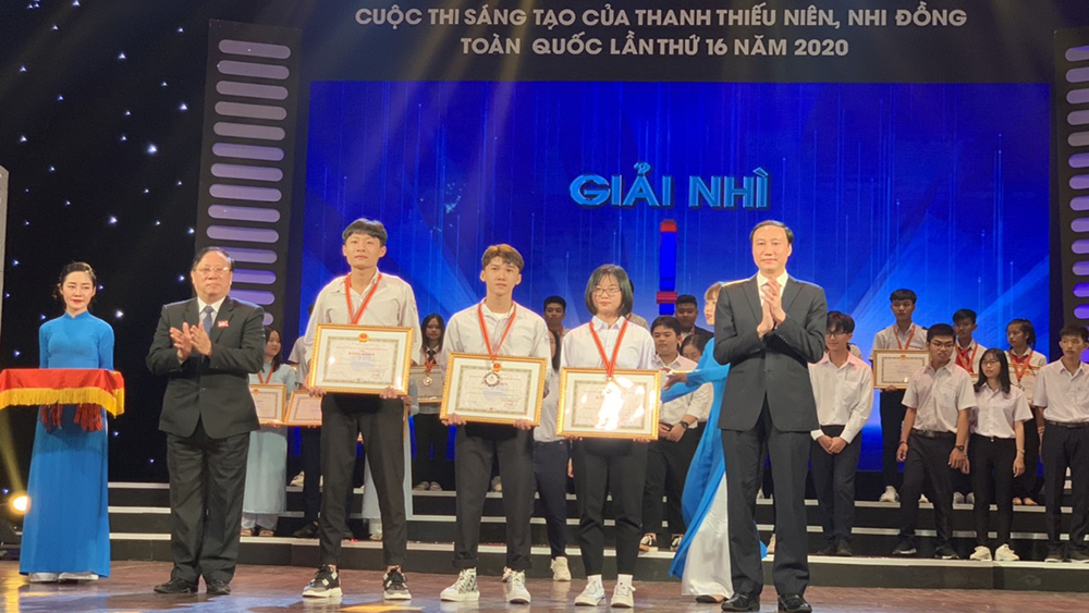 Bac Giang: 3 groups of inventors prized at National Invention Contest for Youth, Teenager and Children
