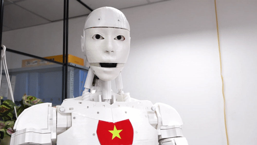 Vietnam's first artificial intelligence robot