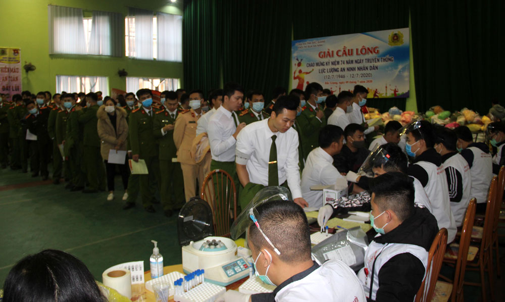 Bac Giang province, 3,600 blood units, voluntary blood donation,  Lunar New Year, Red Spring Festival 2021, Donating blood on early Spring, Multiplying happiness