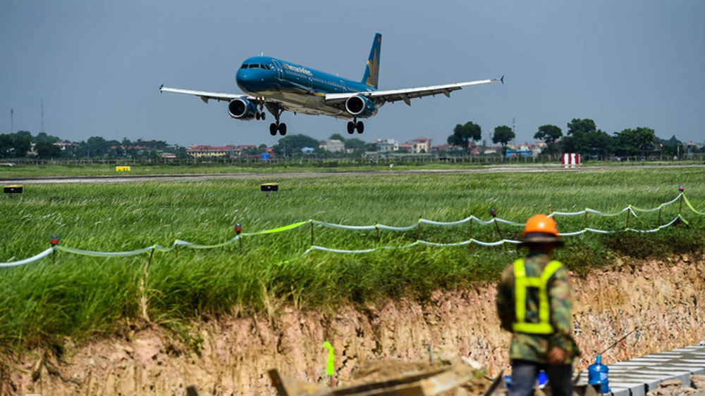 Vietnam estimates $15.8 bln budget for airport development