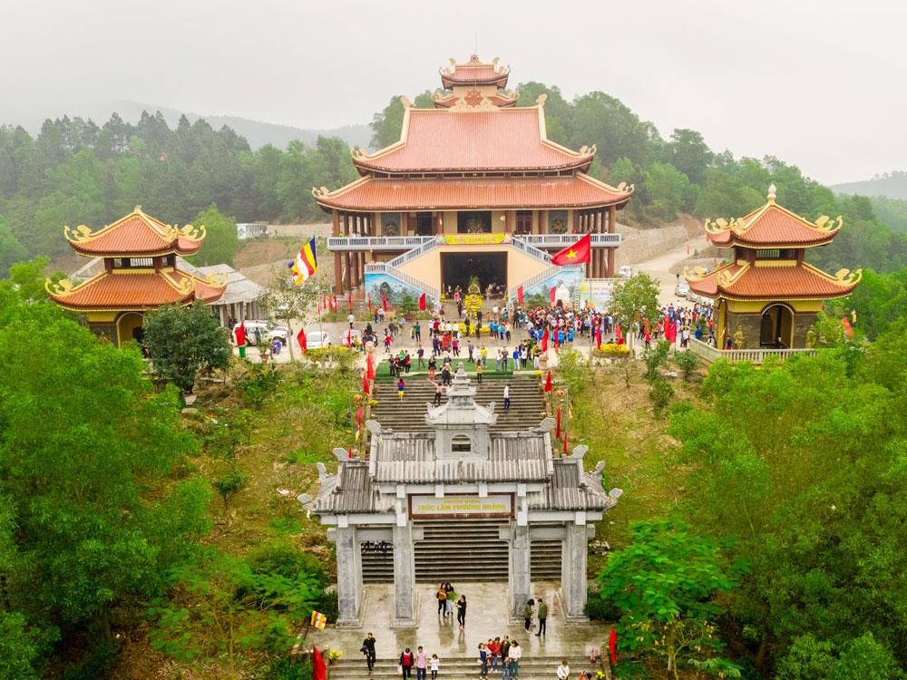Thiền viện Trúc lâm Phượng Hoàng.