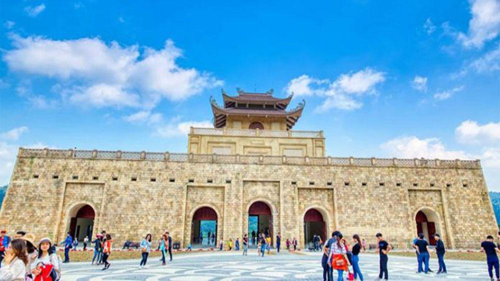 Kỳ 3: Phát triển du lịch trên nền tảng giữ gìn bản sắc văn hoá dân tộc