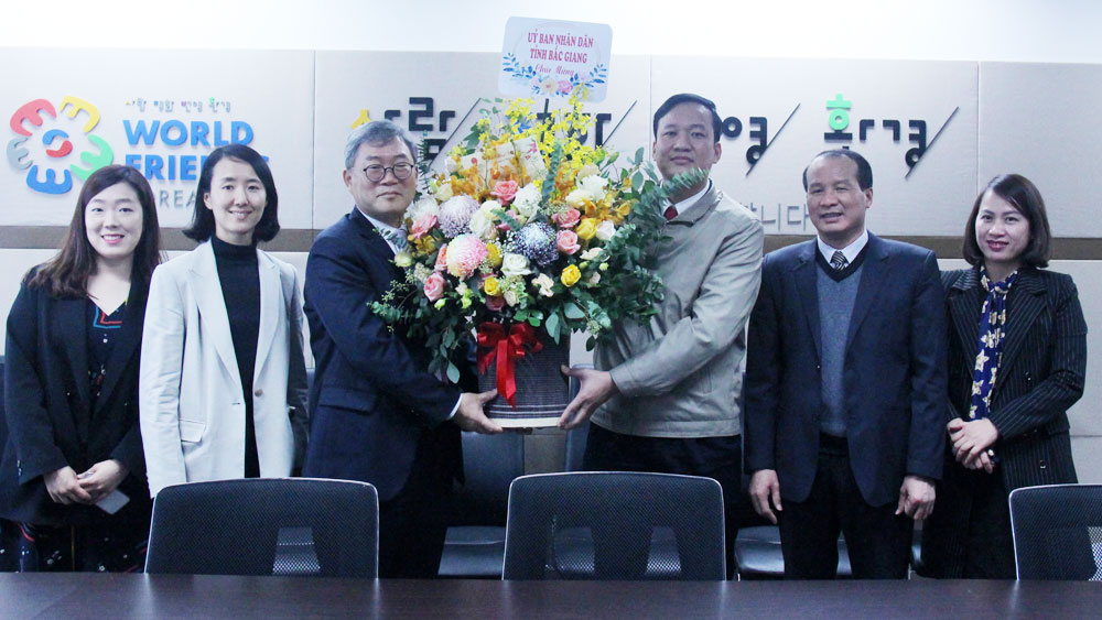 Vice Chairman of provincial People's Committee Le O Pich, KOICA Office, Hanoi , New Year holiday