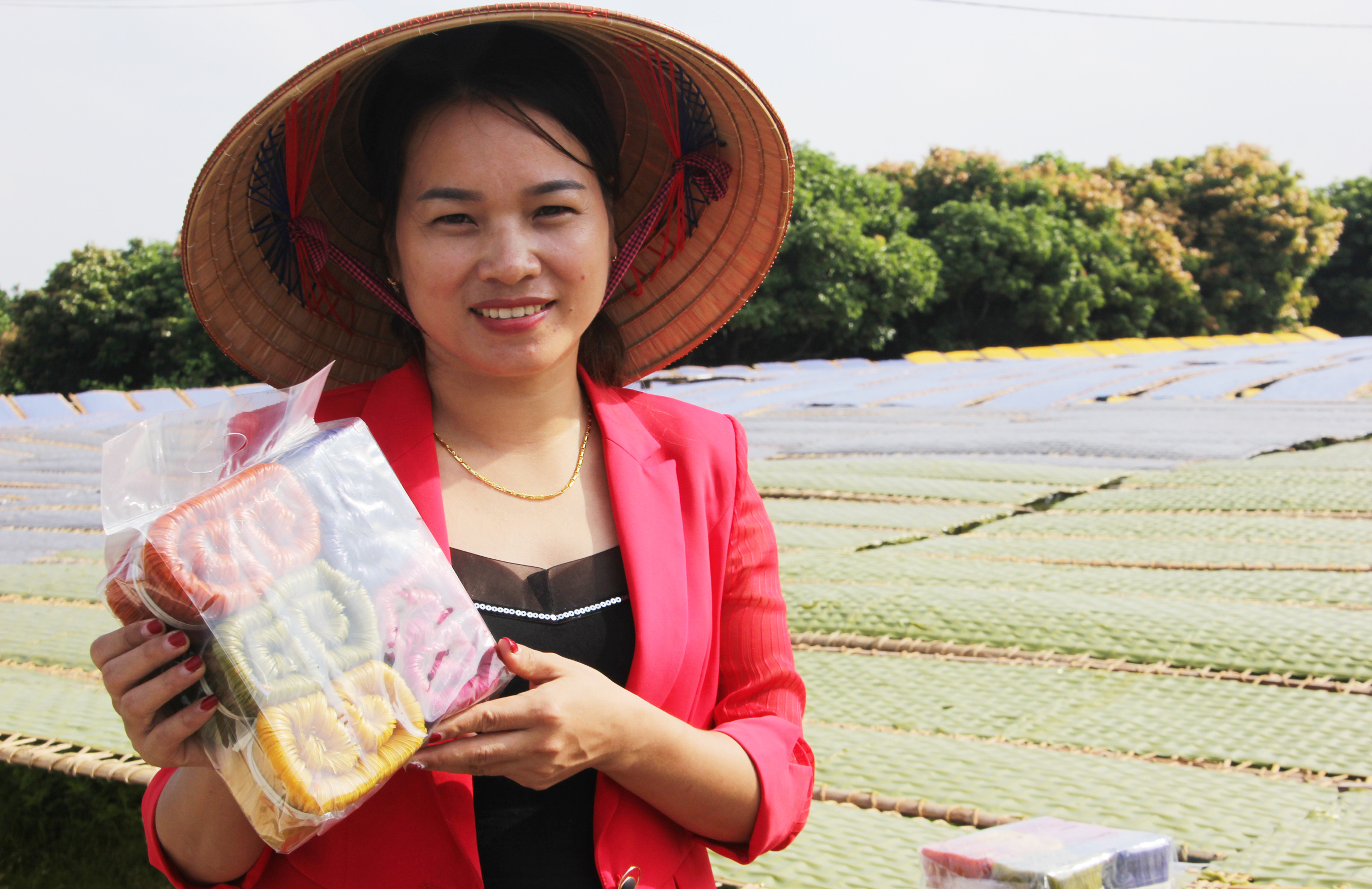 Chị Nguyễn Thị Kiều Anh: Thêm hương vị cho mỳ Chũ