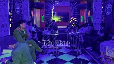 Bắc Giang: Kiểm tra điểm kinh doanh Karaoke, phát hiện 15 nam, nữ dương tính với ma tuý