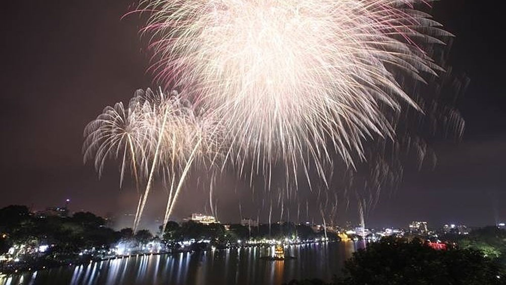 New Year fireworks, to light up Hanoi, first time in years