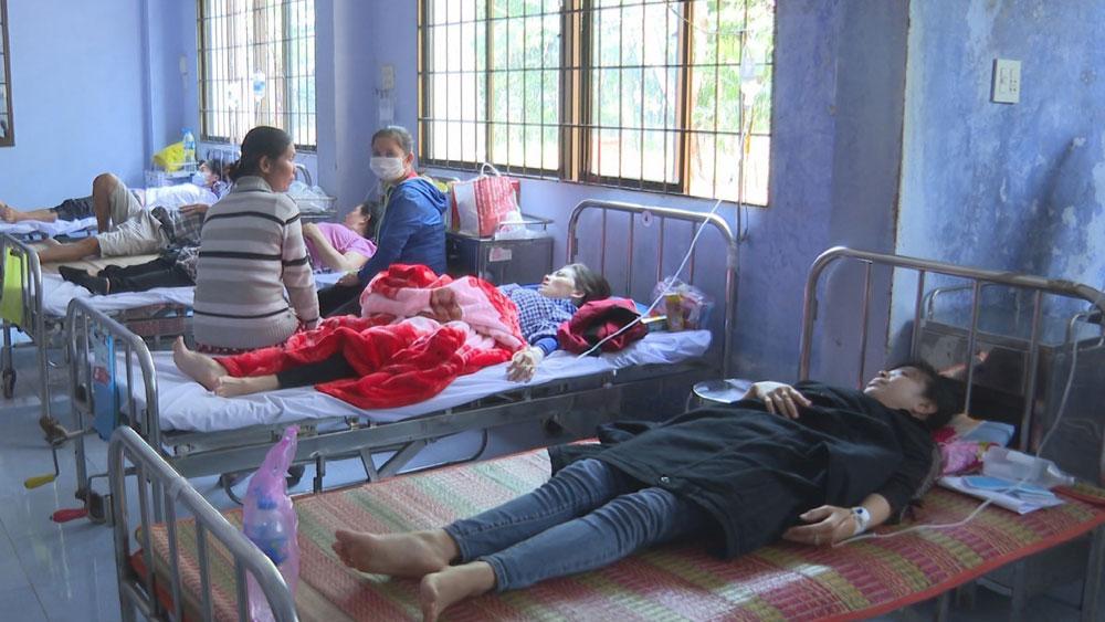 Trà Vinh: 60 công nhân nhập viện sau bữa trưa