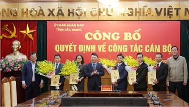 Công bố các quyết định của Chủ tịch UBND tỉnh Bắc Giang về công tác cán bộ