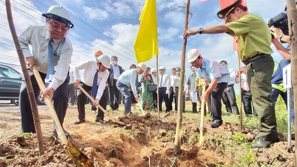 Bến Tre phát động trồng 10 triệu cây xanh