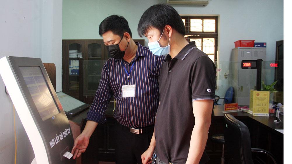 Việt Yên dẫn đầu xếp hạng bộ phận một cửa cấp huyện