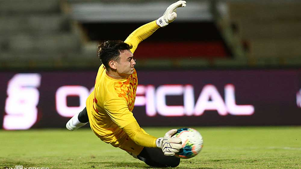 European clubs join race to sign Vietnamese national goalkeeper