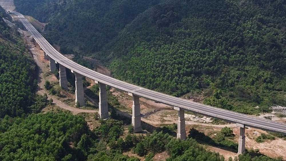 Two more North-South, expressway sections, to be publicly funded