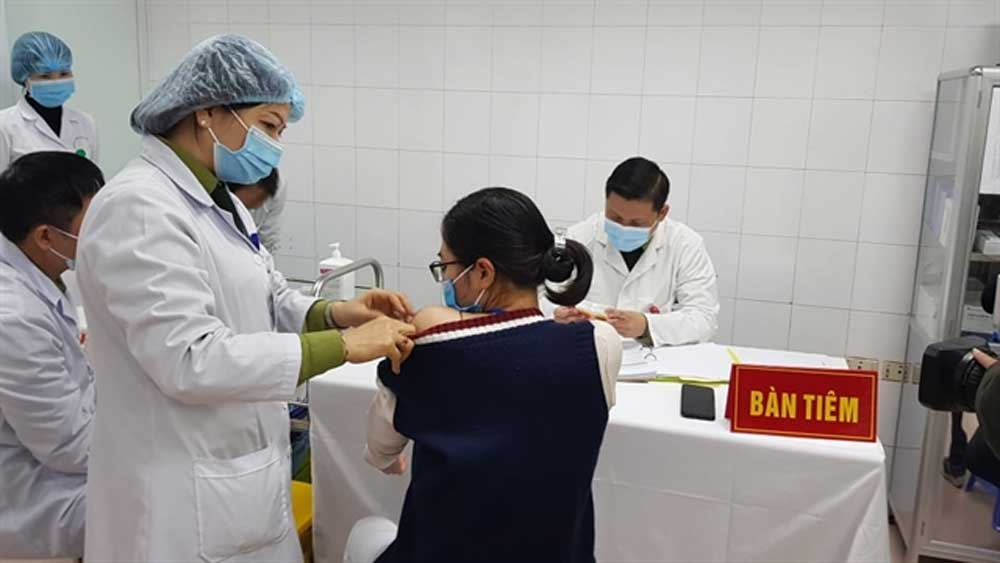 Five volunteers, highest doses of VN-made COVID-19 vaccine,