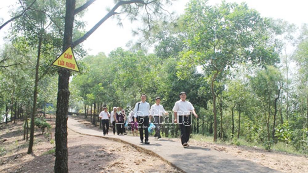 Tân Yên: Nâng cấp đường tâm linh sinh thái núi Dành