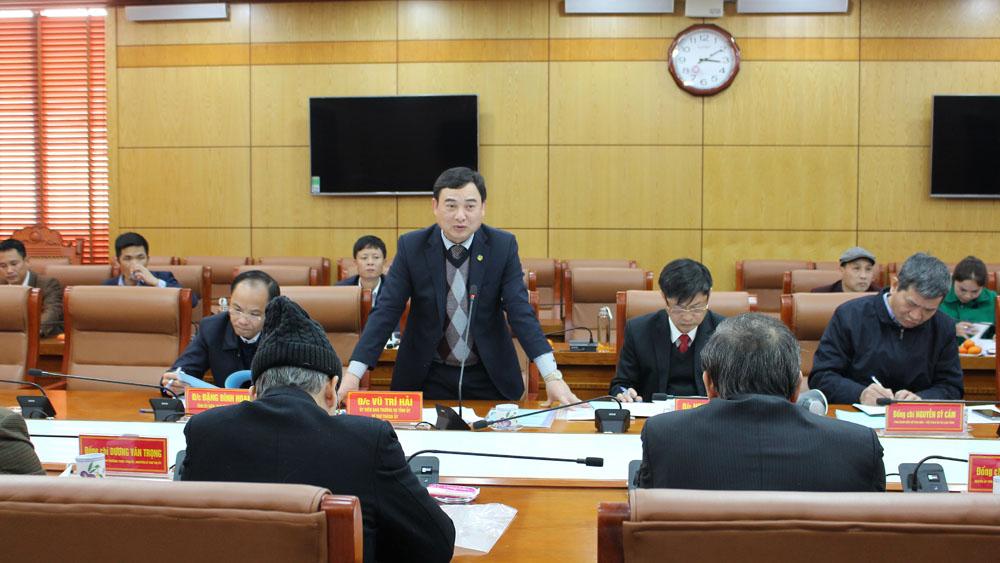 Đồng chí Vũ Trí Hải, Ủy viên BTV Tỉnh ủy, Bí thư Thành ủy Bắc Giang phát biểu tại hội nghị.