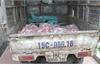 """Bắc Giang: Phát hiện ô tô chở nhiều thịt và xương lợn """"bẩn"""""""