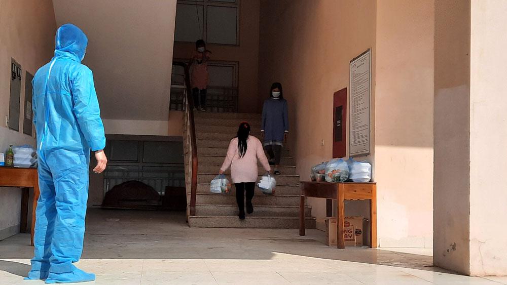 Bắc Giang: Tiếp nhận 130 công dân Việt Nam từ Trung Quốc trở về cách ly y tế