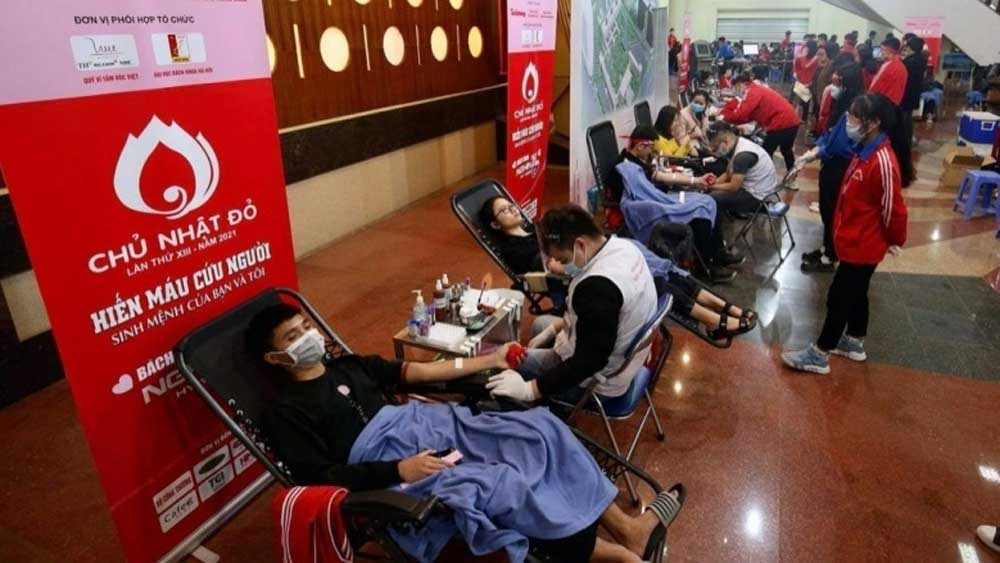 Red Sunday blood donation campaign, Hanoi
