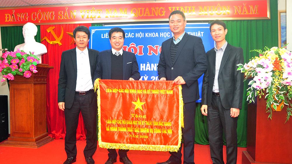 Liên hiệp Các hội Khoa học và Kỹ thuật tỉnh Bắc Giang tiếp tục đổi mới phương thức hoạt động, phát triển tổ chức