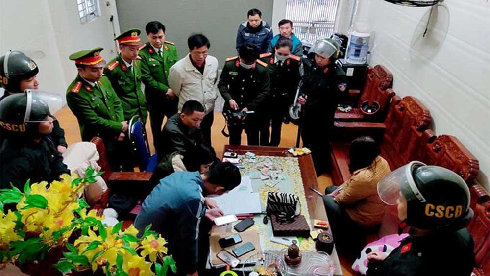 Đường dây lô đề lớn nhất thành phố Hà Tĩnh bị phát hiện