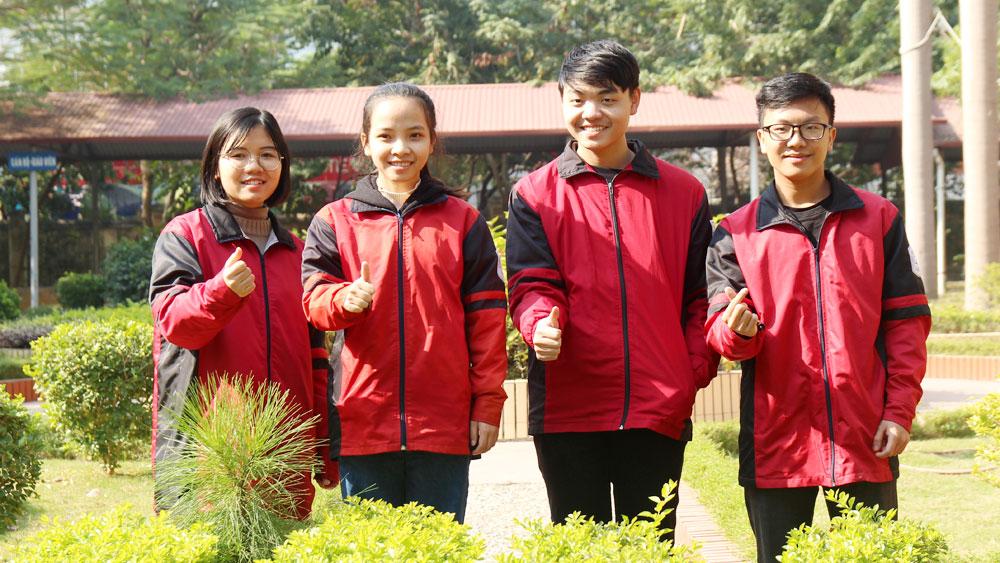 Bắc Giang: 4 gương mặt học sinh giỏi quốc gia của chuyên  Anh, Trung, Sử, Hóa
