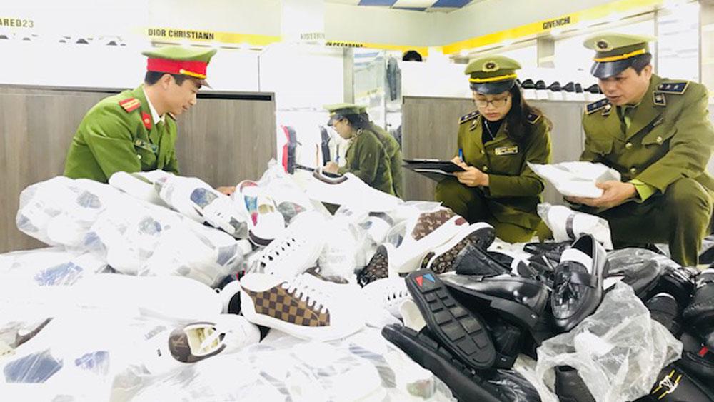 Bắc Giang: Kiểm tra đột xuất cửa hàng AE Shop Việt Nam phát hiện hơn 700 sản phẩm có dấu hiệu giả mạo thương hiệu