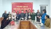 Hội Hỗ trợ gia đình liệt sĩ tỉnh Bắc Giang tặng quà Tết cho thân nhân liệt sĩ huyện Yên Thế