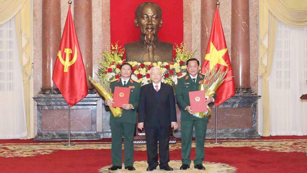 Tổng Bí thư, Chủ tịch nước Nguyễn Phú Trọng trao Quyết định thăng quân hàm cho hai Thứ trưởng Bộ Quốc phòng