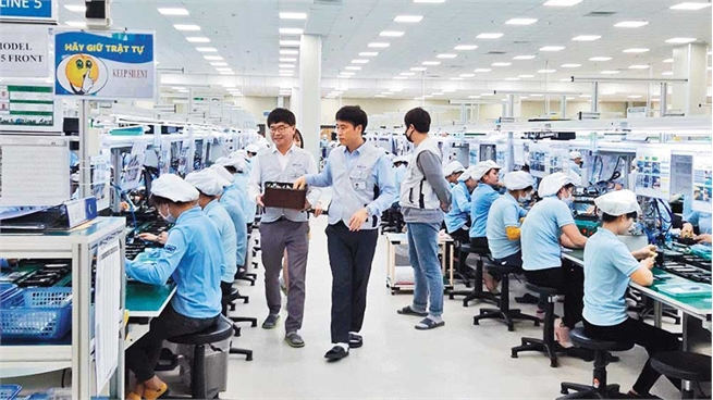 Many foreign workers stay back Bac Giang for Tet