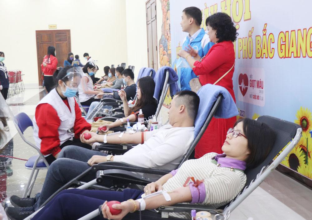 hiến máu nhân đạo, Hội chữ thập đỏ, TP Bắc Giang, Bắc Giang