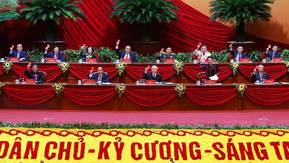 Một số hình ảnh ngày làm việc đầu tiên của Đại hội Đảng lần thứ XIII