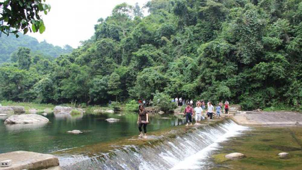 Bac Giang, 1.2 million tourists, in 2021