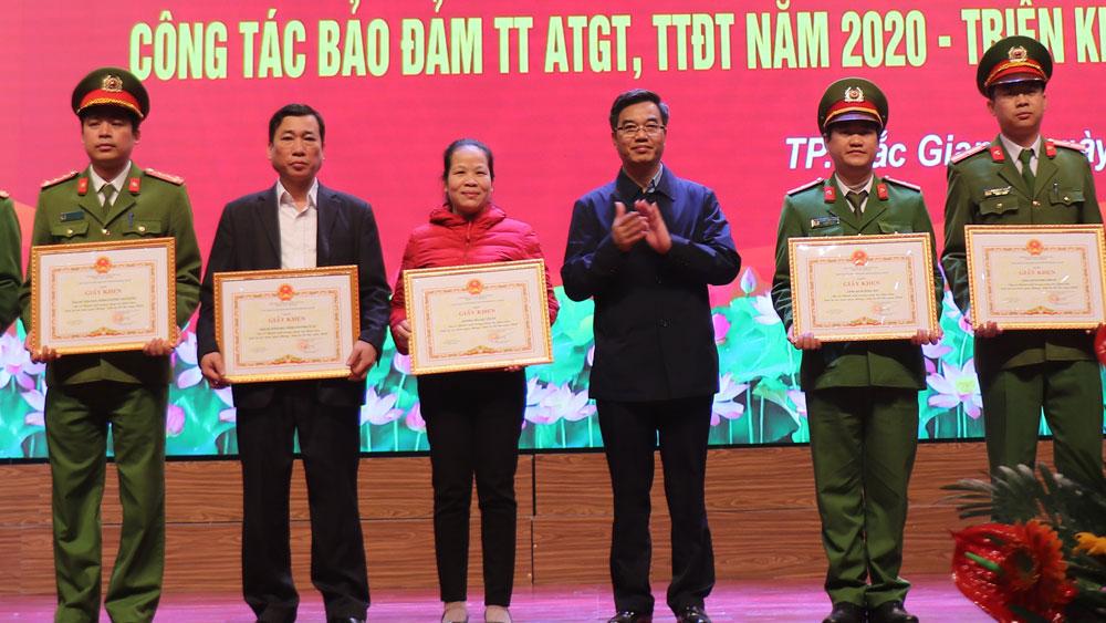 TP Bắc Giang: Tập trung bảo đảm trật tự đô thị, an toàn giao thông
