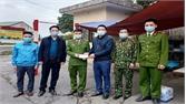 Bí thư Huyện uỷ Sơn Động Ngụy Văn Tuyên kiểm tra hoạt động các chốt kiểm soát Covid-19