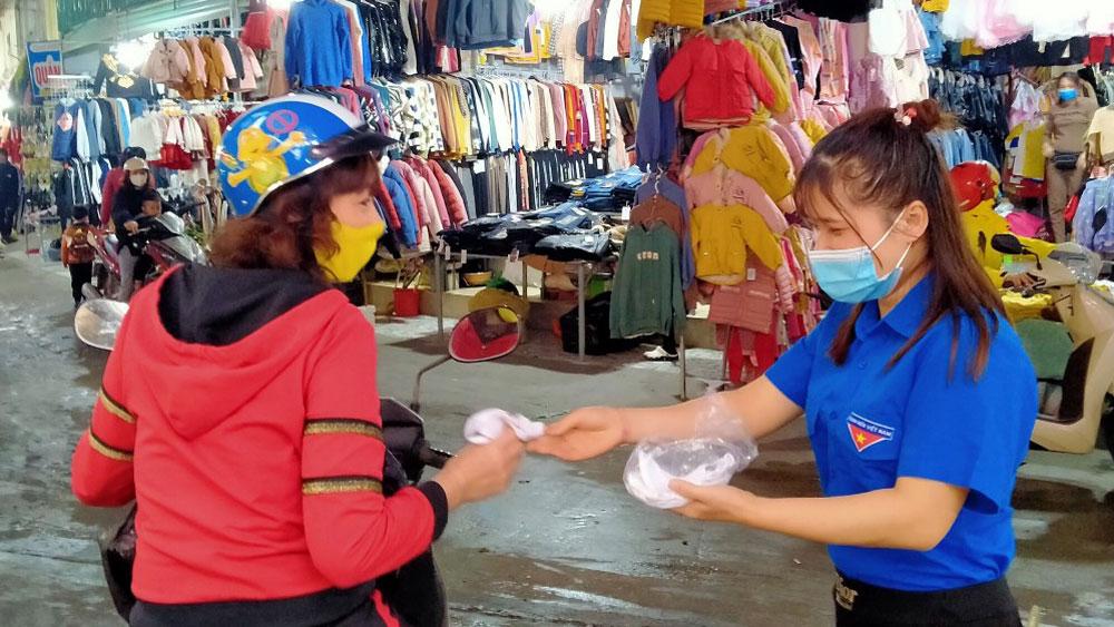 Bắc Giang: Xử phạt 8 trường hợp không đeo khẩu trang