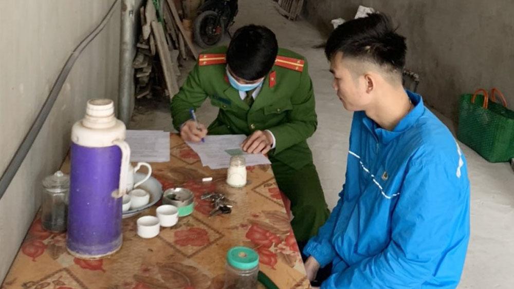 Bắc Giang: Tiếp tục xử phạt nhiều trường hợp không đeo khẩu trang