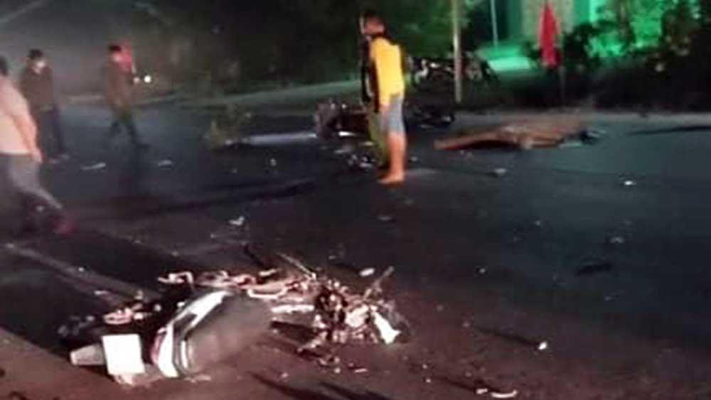 3 thanh niên tử vong, vụ tông xe máy