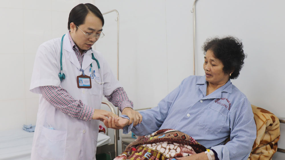 Kỷ niệm 66 năm Ngày Thầy thuốc Việt Nam 27/2: Góp sức giành sự sống cho người bệnh