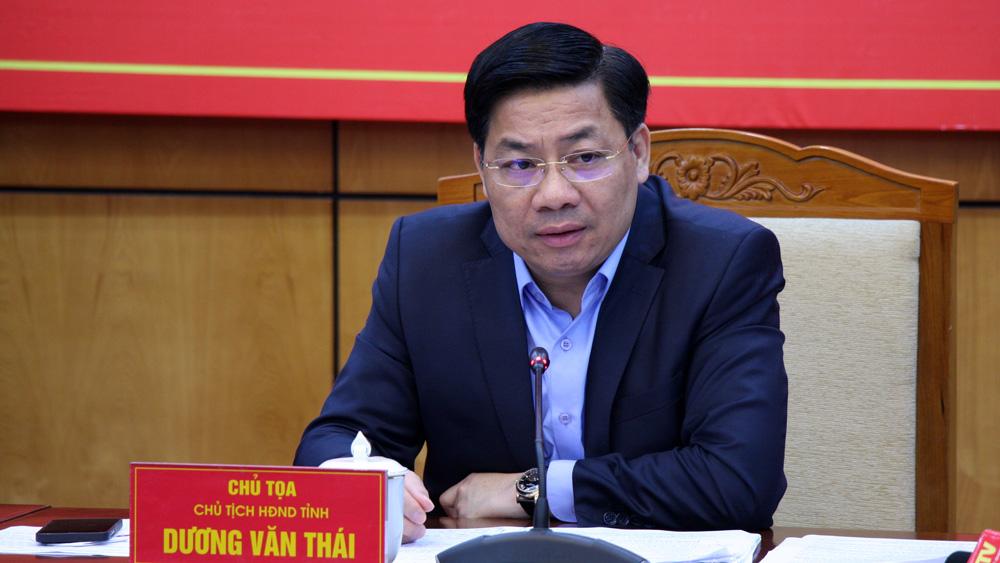 Đồng chí Dương Văn Thái chủ trì phiên họp.