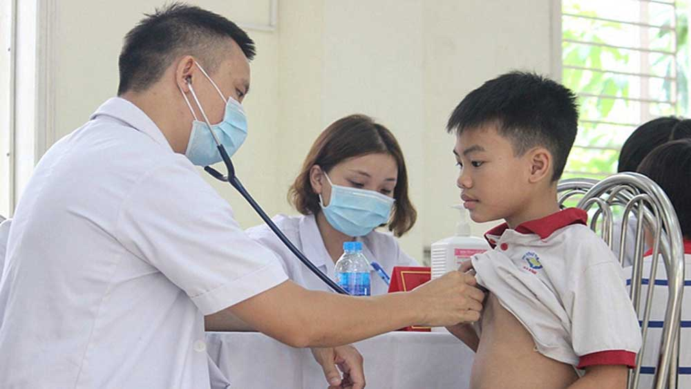 Hanoi, free universal medical checkup,