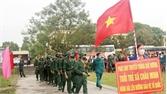 380 tân binh Hiệp Hòa hăng hái lên đường nhập ngũ