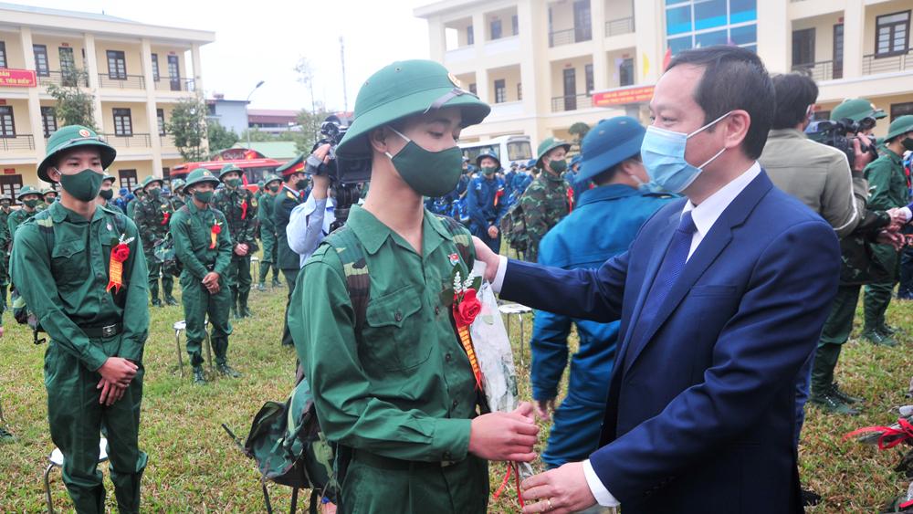 Yên Dũng: 30 tân binh được bồi dưỡng nhận thức về Đảng
