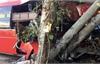 Ôtô lao vào nhóm người đi xe đạp thể dục, 3 người chết