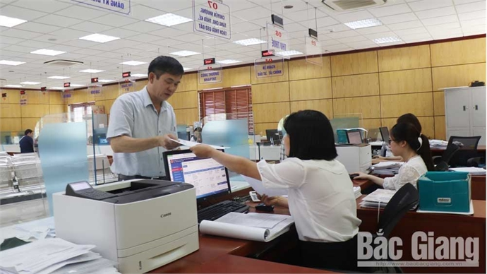 Bac Giang grants land use right certificates to 5 investors 15 days earlier than regulated