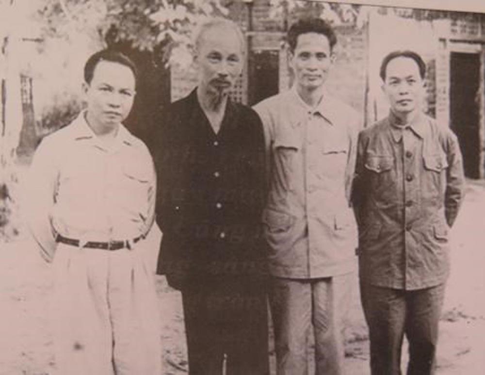 đồng chí Phạm Văn Đồng, nhà lãnh đạo tài năng, tọa đàm