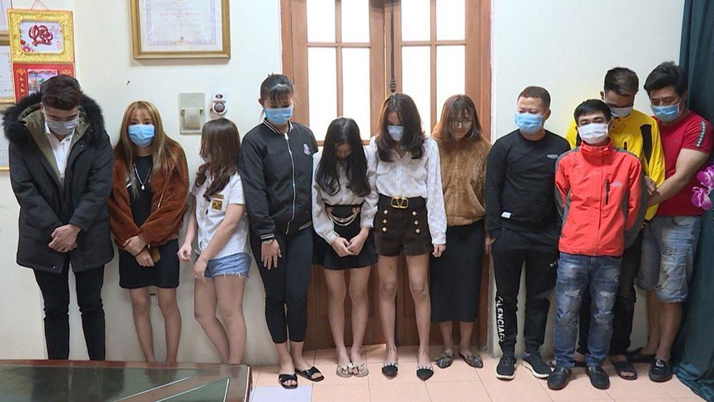 Bắc Ninh: 24 thanh niên sử dụng ma túy trong quán karaoke