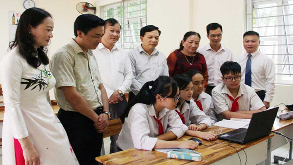 Bac Giang builds IT infrastructure, digital economy