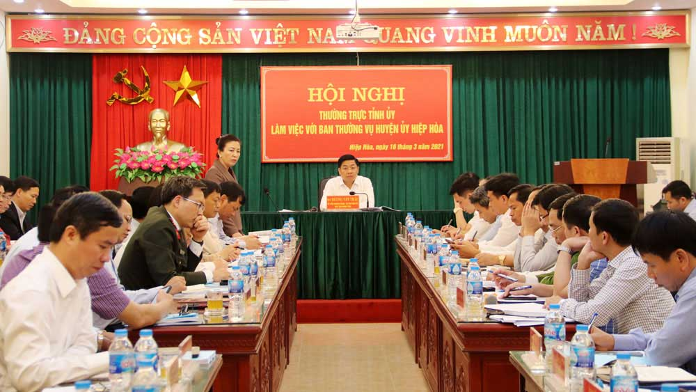 Secretary of provincial Party Committee, Hiep Hoa district, site clearance, investment attraction