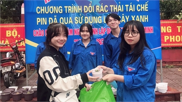 """Tuổi trẻ Bắc Giang đồng loạt tổ chức """"Ngày đoàn viên - Chủ nhật xanh"""""""